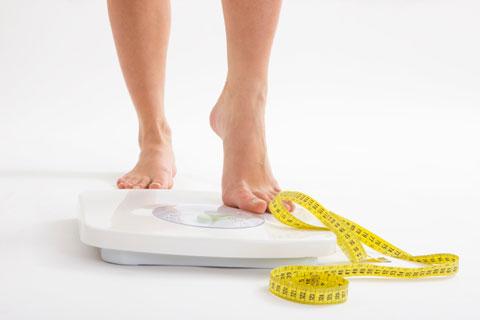 13 تغییر کوچک که به کاهش وزن کمک می کنند