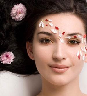 کاهش چربی پوست چرب , درمان پوست چرب , پوست چرب , رفع چربی پوست چرب , چگونه پوست چرب را درمان کنیم , راه های برطرف کردن چربی پوست چرب