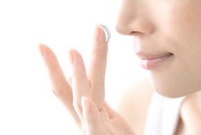 آیا کرم روشن کننده پوست تان حاوی مواد مضر است؟