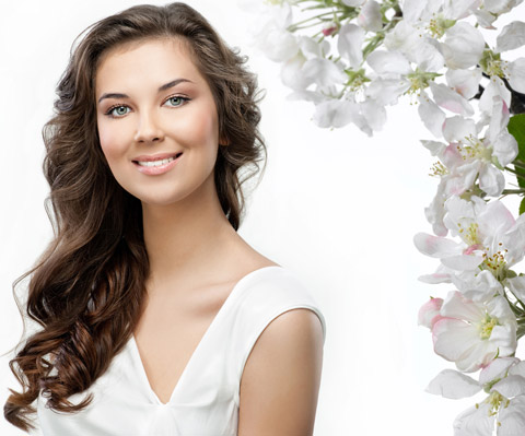 مضرات کرم روشن کننده پوست بی کیفیت , در هنگام خرید روشن کننده پوست به چه نکاتی دقت کنیم , آیا کرم سفید کننده برای پوست مضر است , کرم روشن کننده پوست , کرم سفید کننده پوست